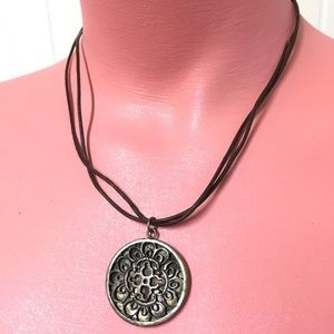 CHAN LUU Mother of Pearl Look Round Celtic Leather
